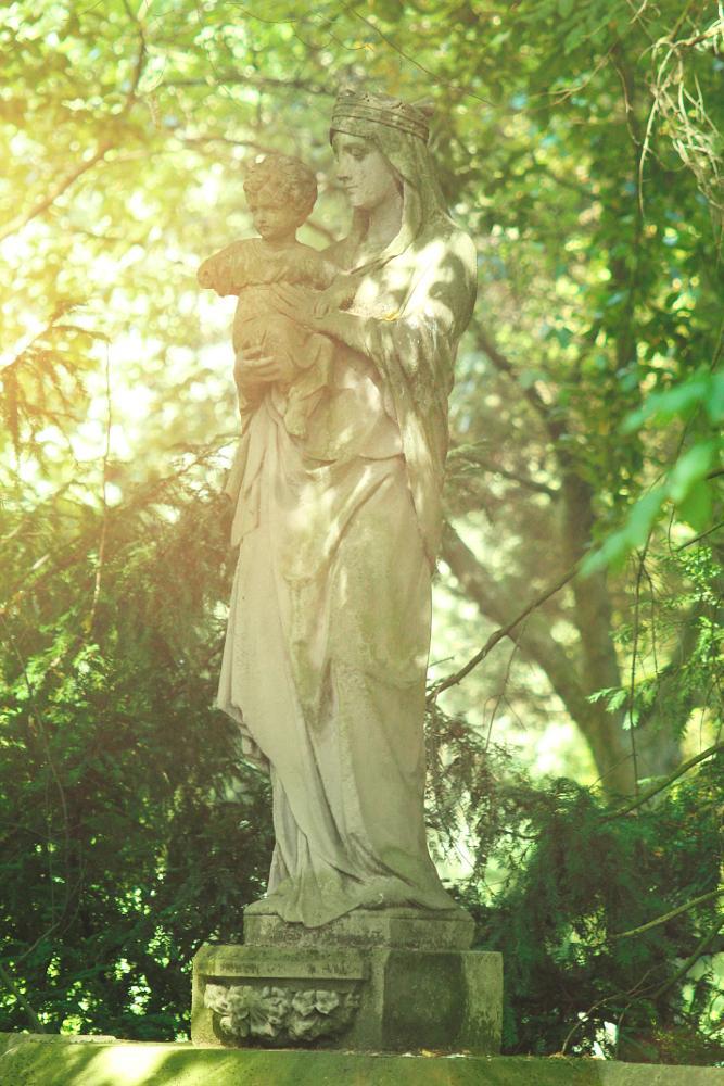Photo in Random #maria #jesus #statue #friedhof #steinmetz #grave