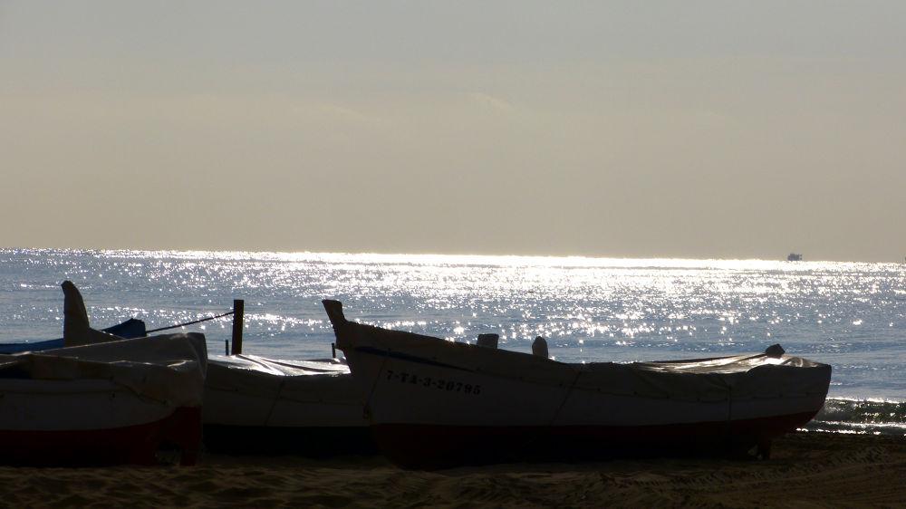 Photo in Sea and Sand #boat #tarragona #relaxation #sea