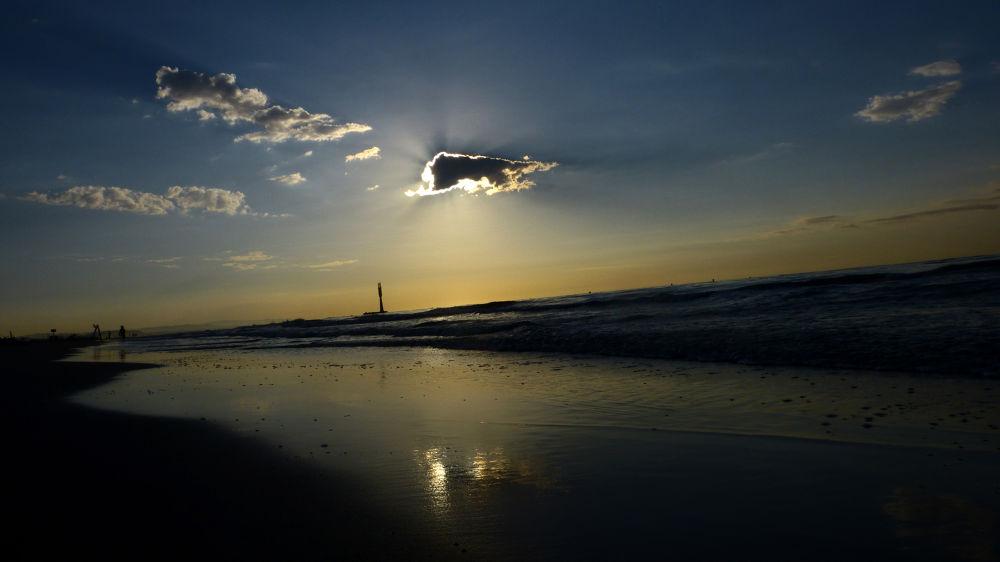 Photo in Sea and Sand #torredembarra #muntanyans #seascape #sky #beach #sand #llado