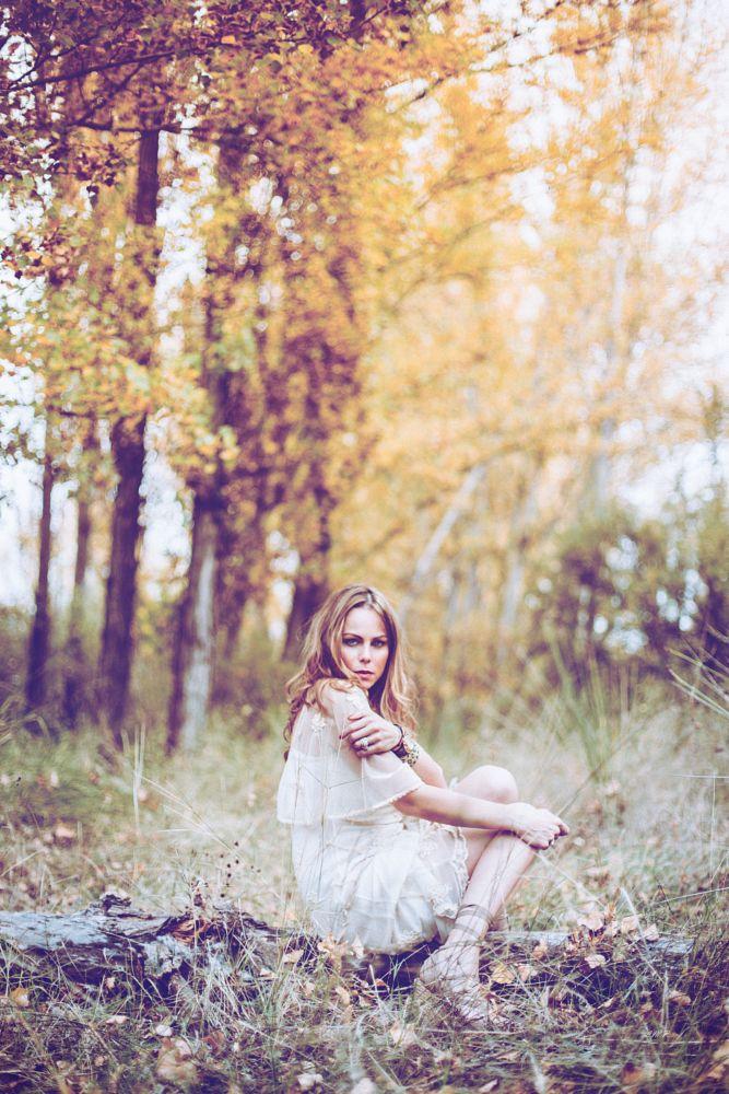 Photo in Portrait #canon #portraits #photography #50mm #models #women #photoshoot #photoshop #lightroom #photographer #edition #people #saturation