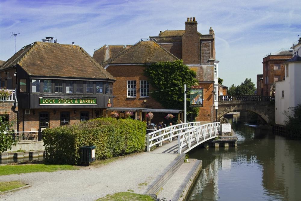 Photo in Landscape #pub #kennet & avon #canal #west berkshire #newbury #travel #landscpe #scenic