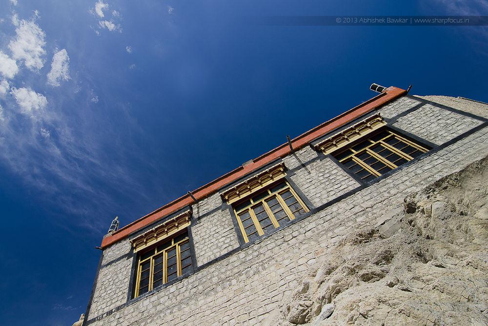 Photo in Architecture #ypa2013 #jammu and kashmir #ladakh #india #blues #architecture #look up #sky #skyblue #tokina #nikon