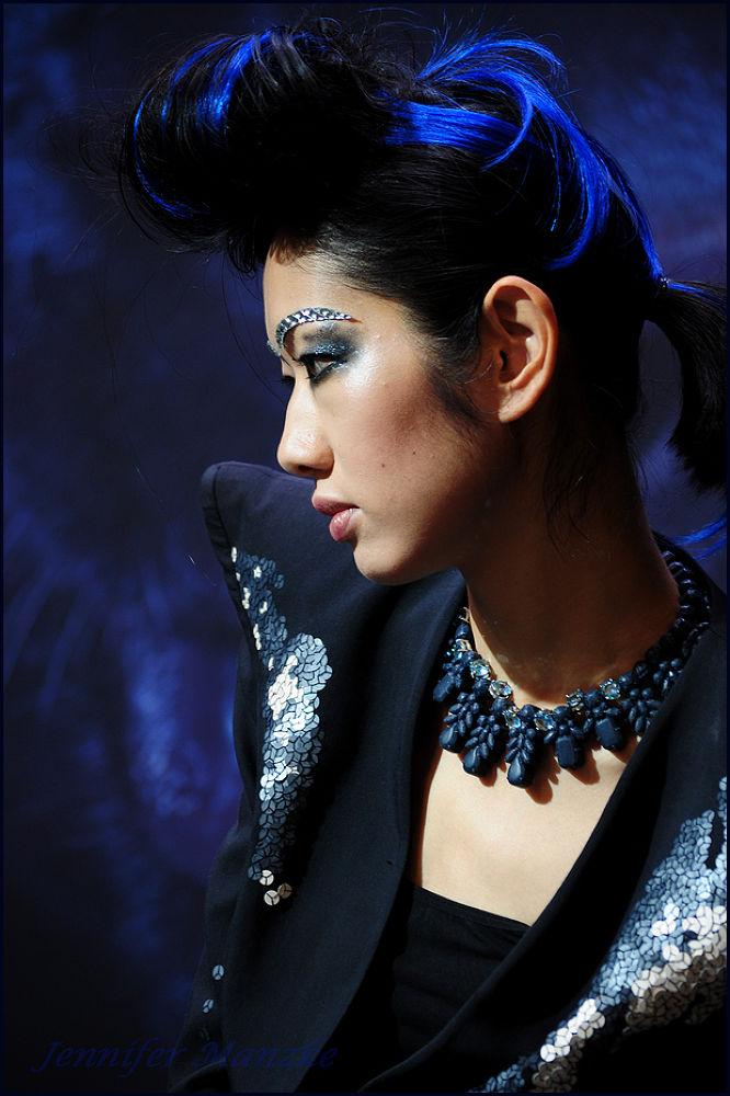 Photo in Portrait #portait #blue #woman