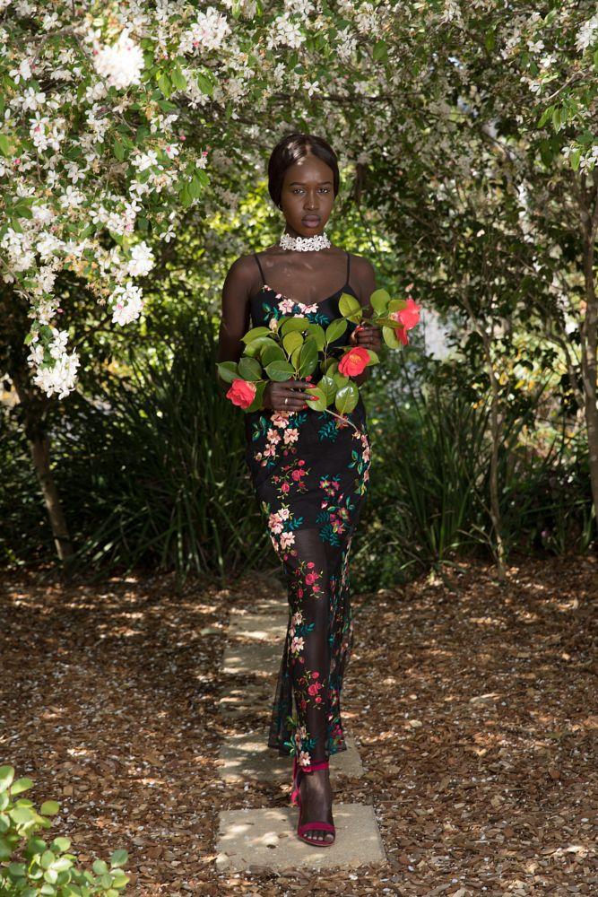 Photo in Portrait #dark skin #flowers #girl #garden