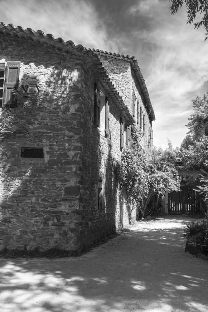 Photo in Architecture #bambouseraie #vaucluse #france #languedoc-roussillon #b&w #architecture #house #farm