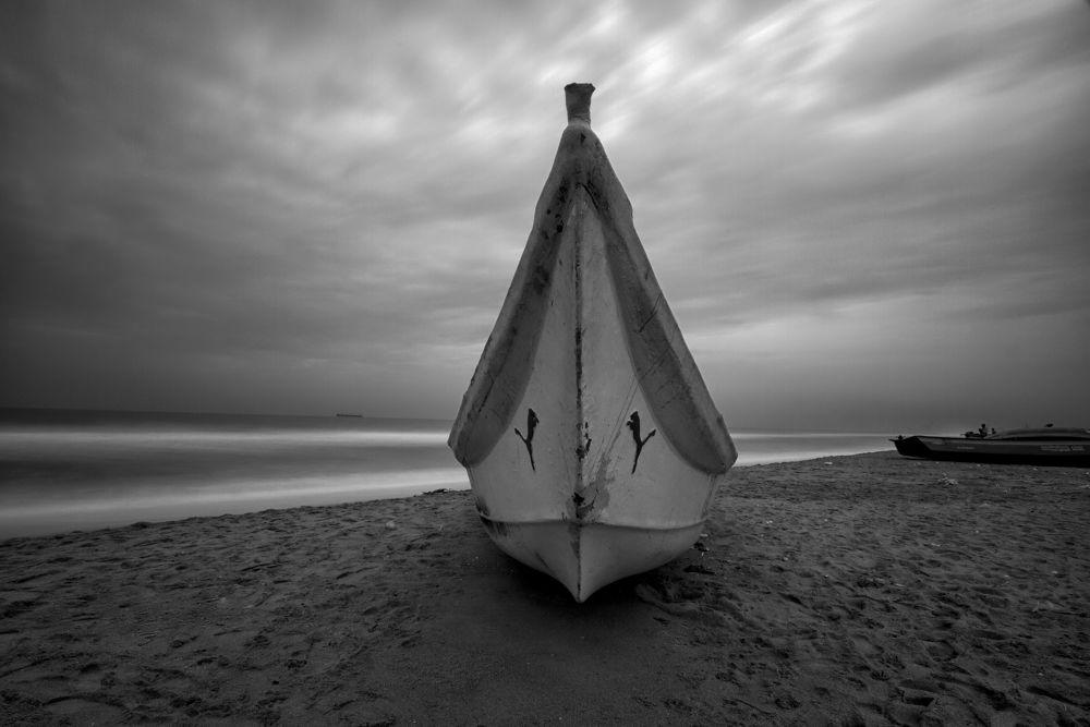 Photo in Random #b&w #marina #canon 7d #11-16mm #tokina #wide angle #boat