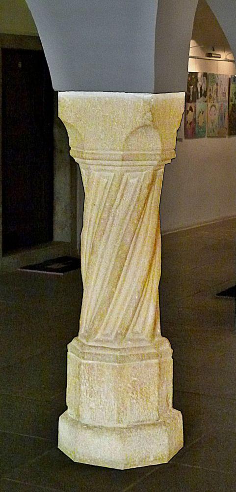 Photo in Architecture #architecture #romanesque #column #city hall
