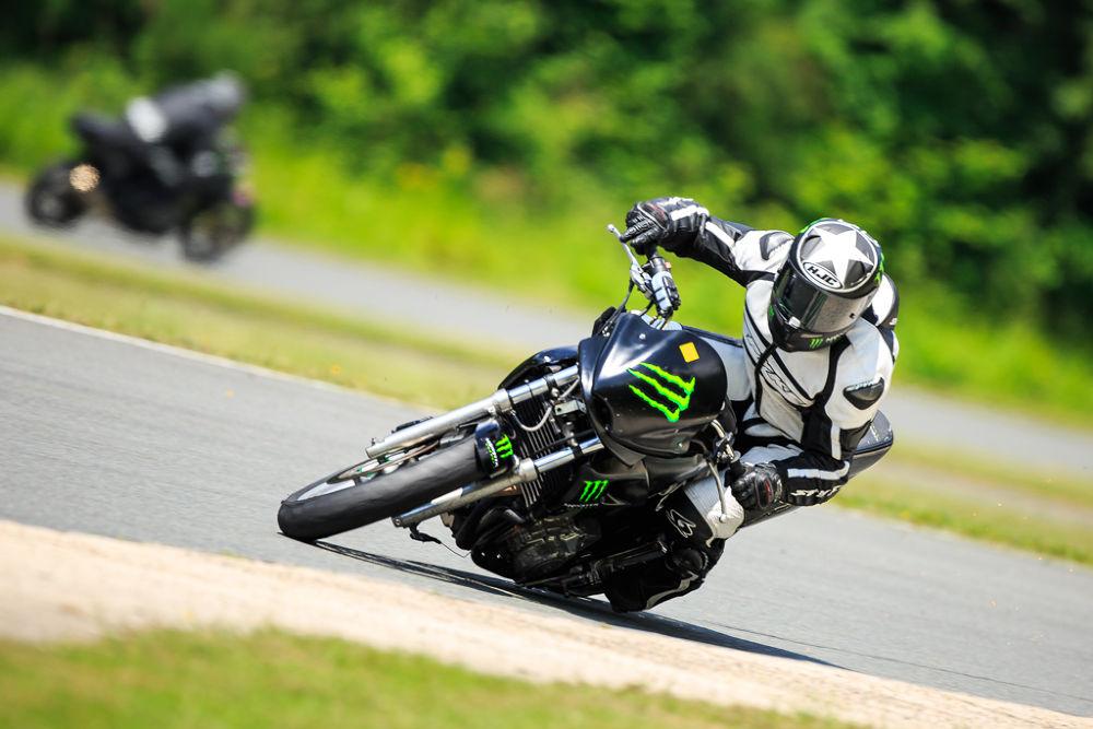 Photo in Sports #before #crash #500 f4 #canon #cb 500 #500 #500cb #monster #boisson #piste #ixon #track #perte de l'avant #hjc #moto #bike