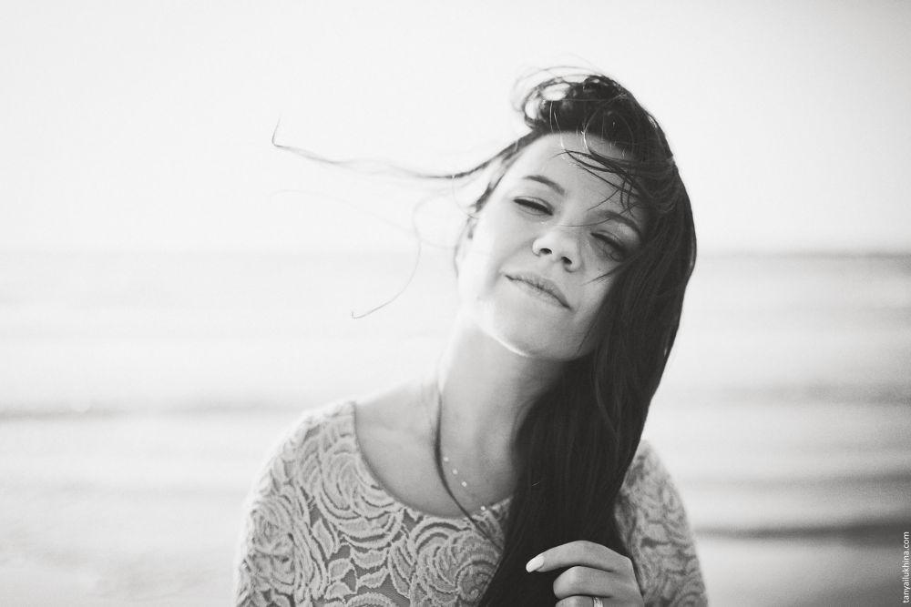 Photo in Portrait #ypa2013 #portrait #girl #sea