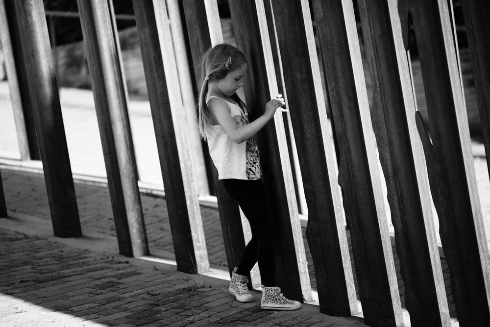 Photo in Black and White #girl #monument #meyer #orestor #135mm #m42 #screwmount #legacy lens