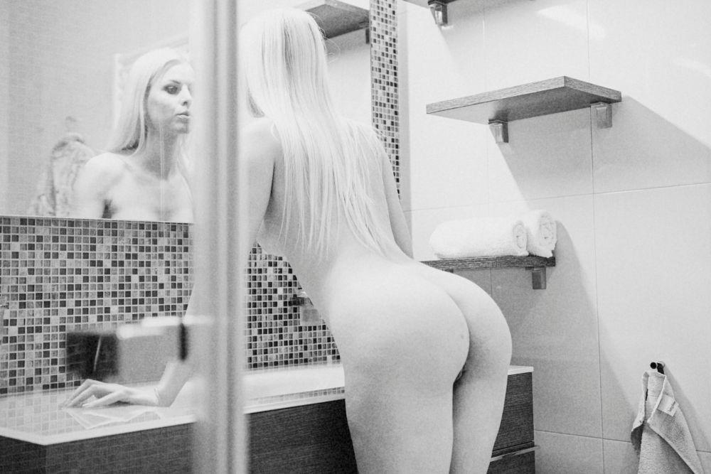 Photo in Nude #nude #naked #wolfgangpichlerphotography #body #sensual #sexy #erotic #beauty #beautiful #model #girl