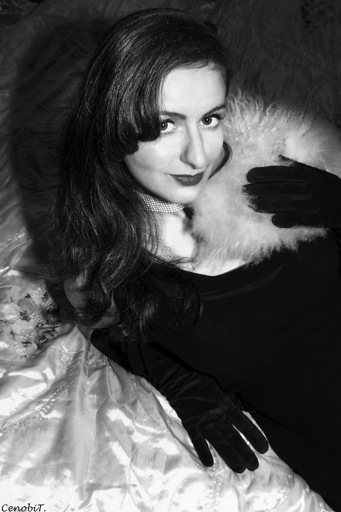 Photo in Portrait #glamour #oldhollywood #pinup #retro #blackandwhite #portrait #fur #operalenghtgloves #leathergloves #glam #hair #pearls