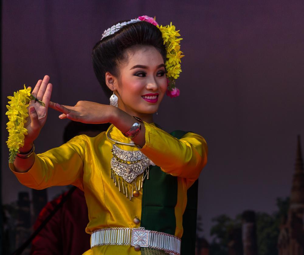 Photo in People #dancing #thailand #belgium #antwerp #evenement