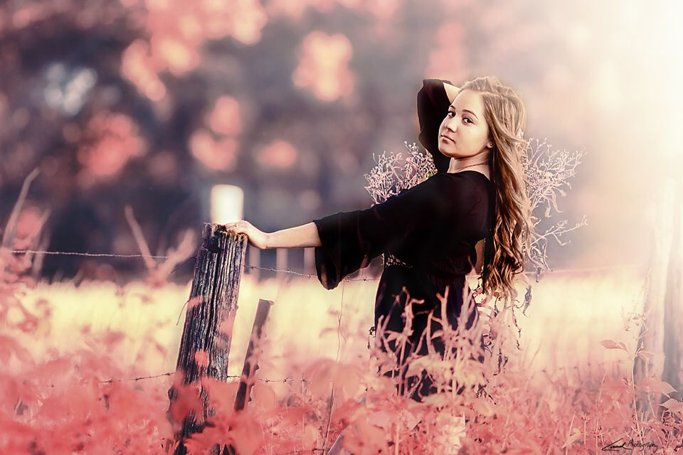 Photo in Portrait #canon #5dmarkiii #135mm #teen #female #girl #model #fashion #nature