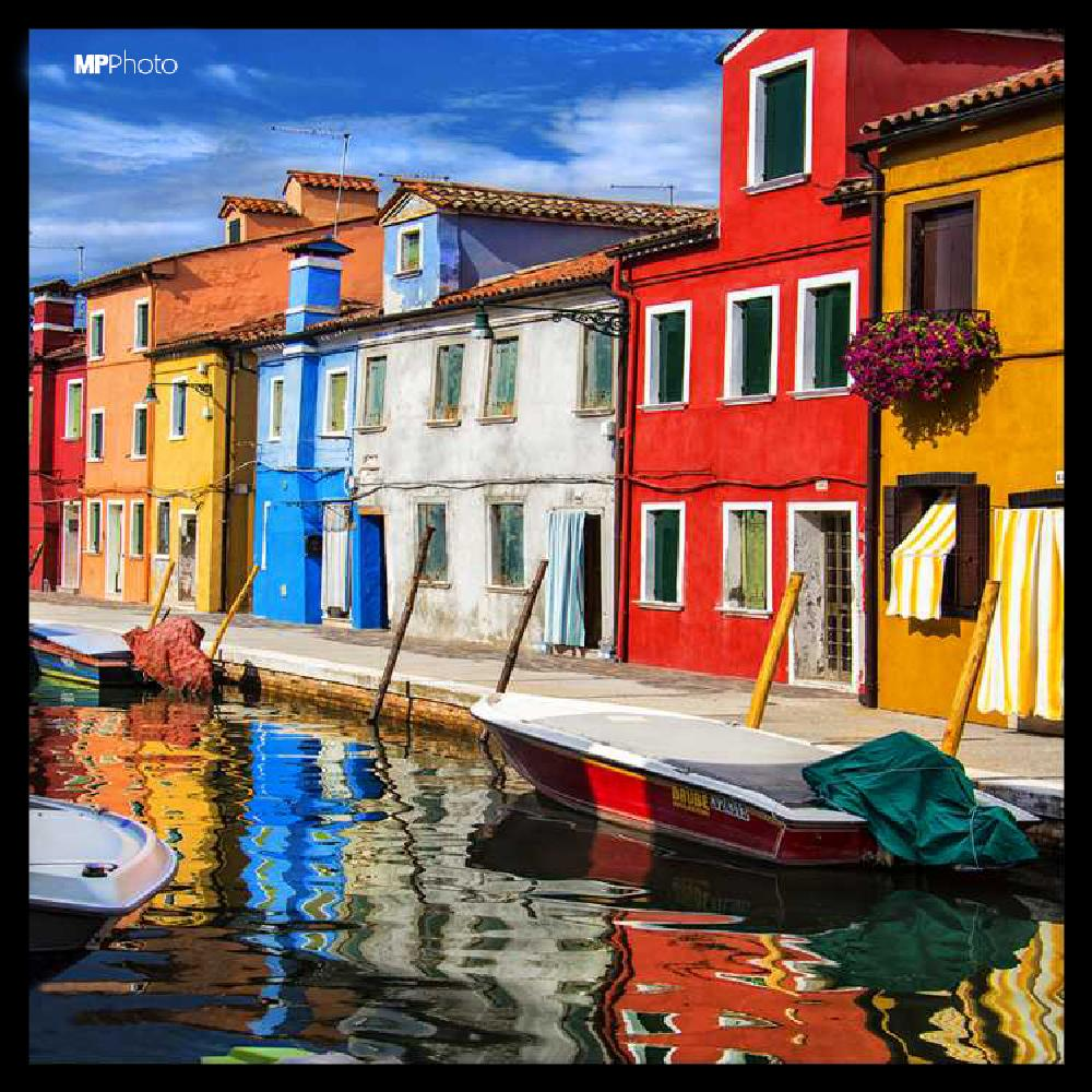 Photo in Urban #colors #island #city #reflections #architecture