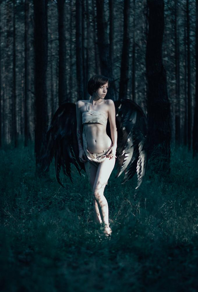 Photo in People #girl #color #photoshop #forest #dark