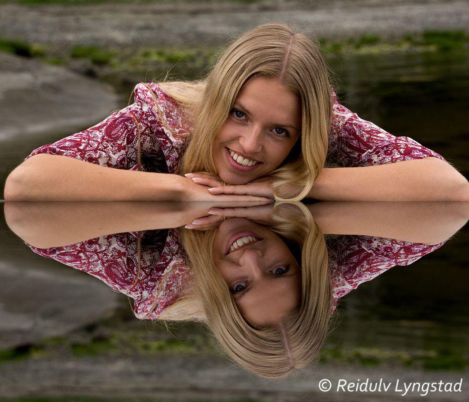 Photo in Portrait #portrait #girl #reflection #woman #natural light #smile #beauty