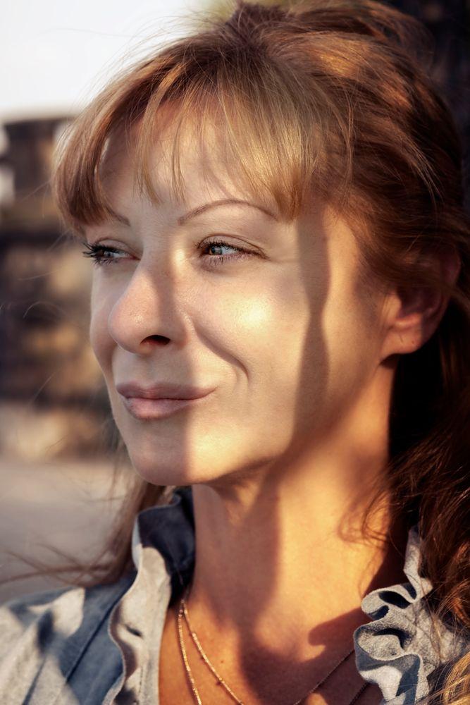 Photo in Portrait #woman #portrait #sun
