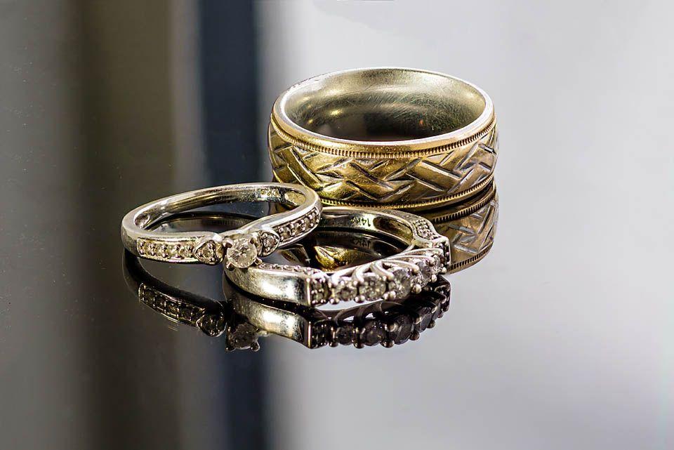 Photo in Macro #wedding rings #rings #macro #his and hers #nikon d7100 #tokina 100mm