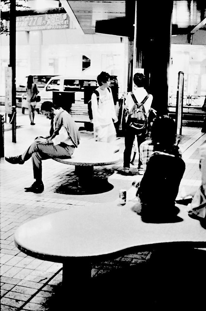 Photo in Street Photography #canon #eos-1 #50mm #fujifilm #neopan 400 #shoot film #film #kodak #street #street photography #japan #saitama #omiya #tokyo #black and white #enjoy #enjoy life