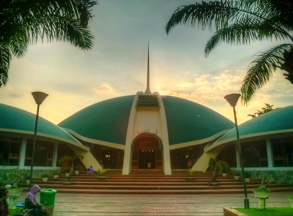 Photo in Architecture #building #sunset #hdri