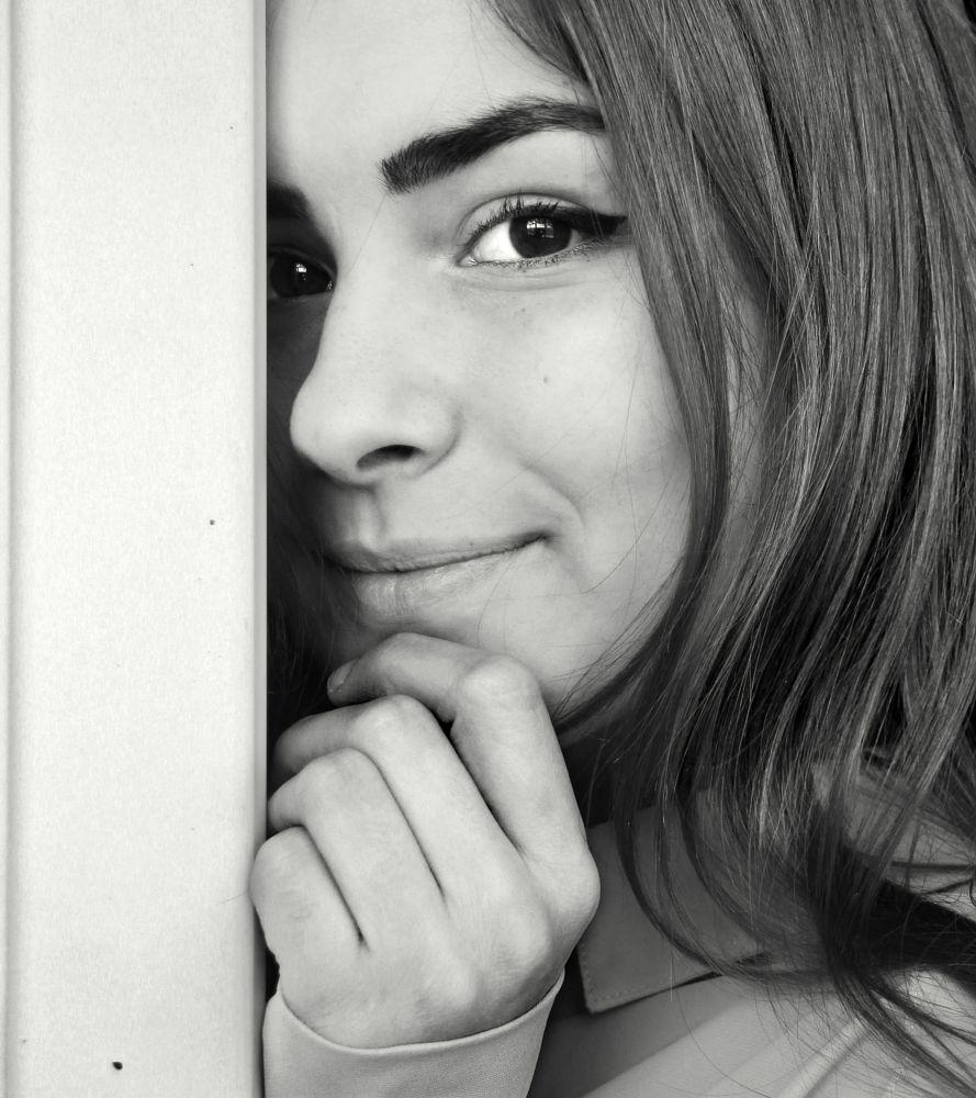 Photo in Portrait #girl #beauty #look #smile
