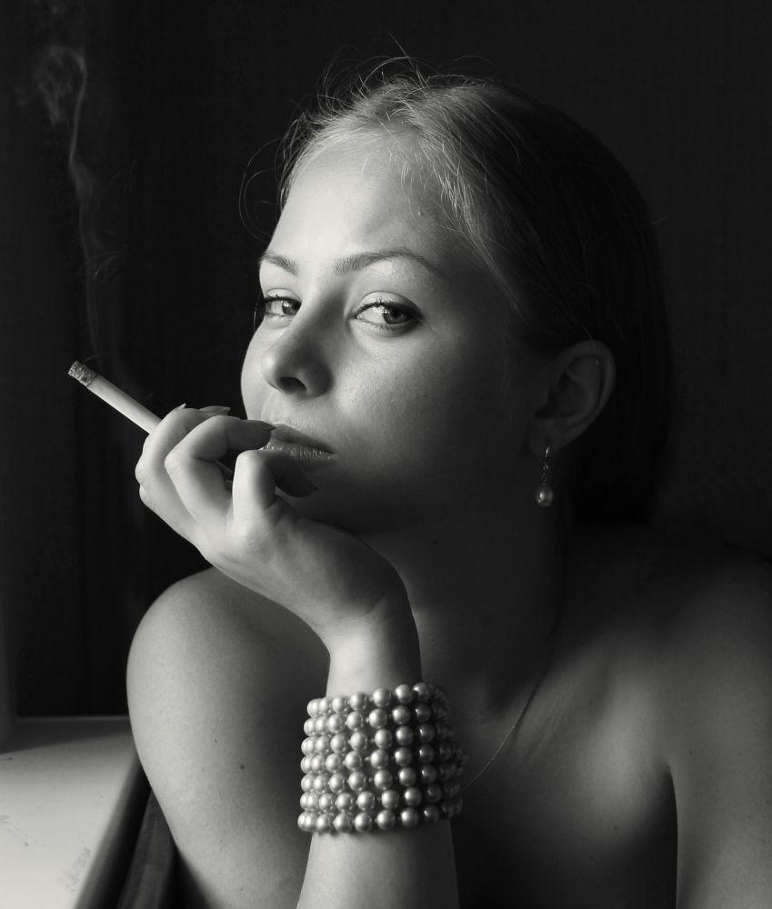 Photo in Portrait #girl #beauty #cigarette #smoke #look #eyes
