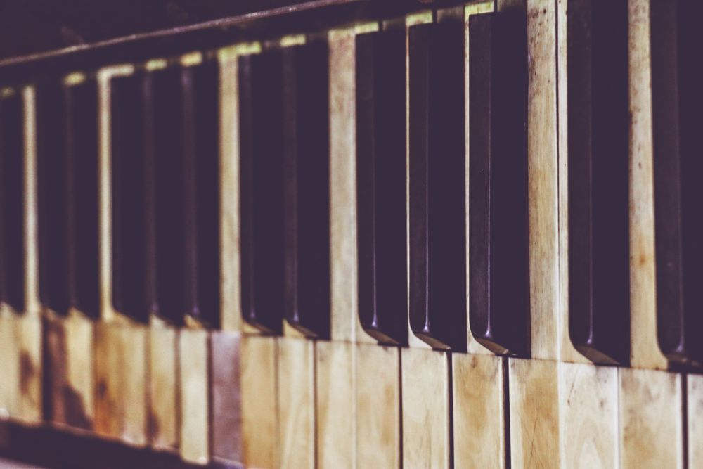 Photo in Vintage #boisselot #piano #vintage #old #gold #music