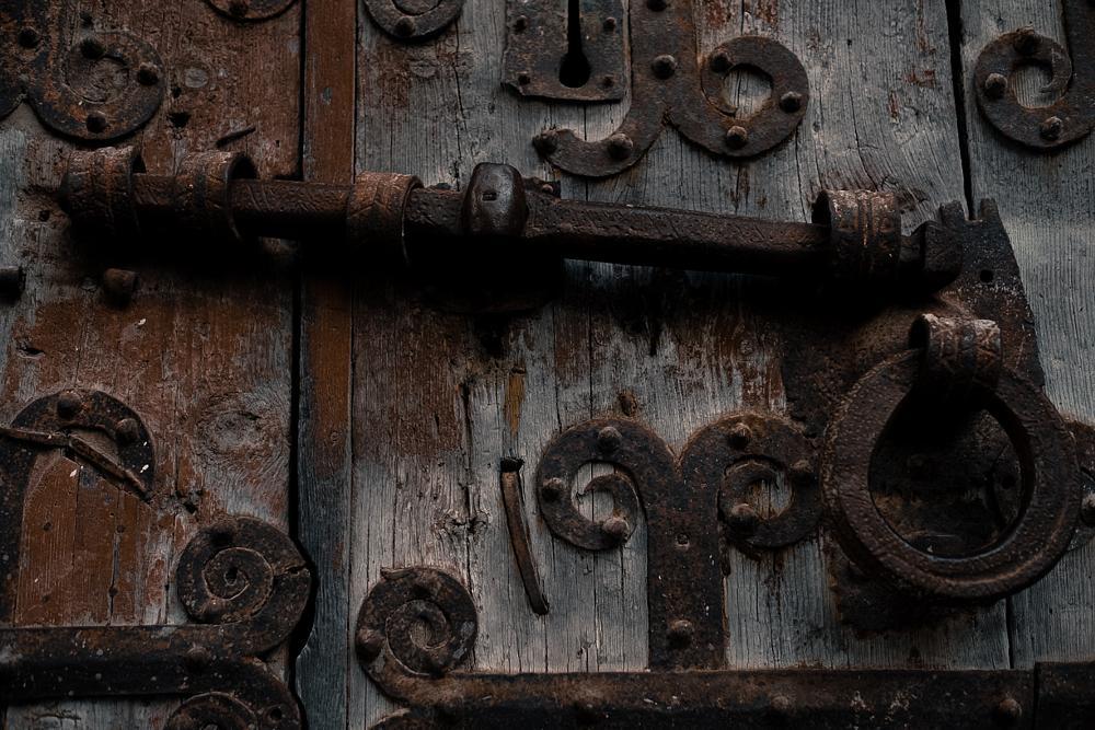 Photo in Architecture #door #wooden #puerta #madera #old #viejo #oxido #village #xt1 #cerradura #antiguo