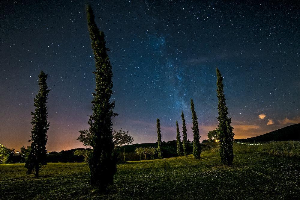 Photo in Landscape #landscape #star #stars #long exposure #italy #marche #treia