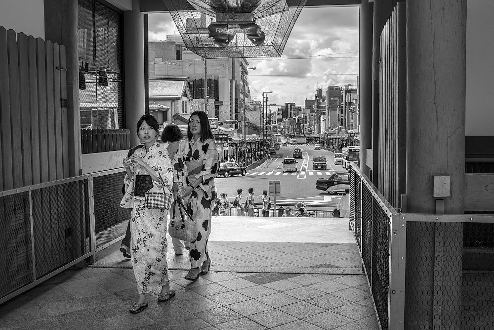 Photo in Street Photography #japan #kyoto #girls #35mm