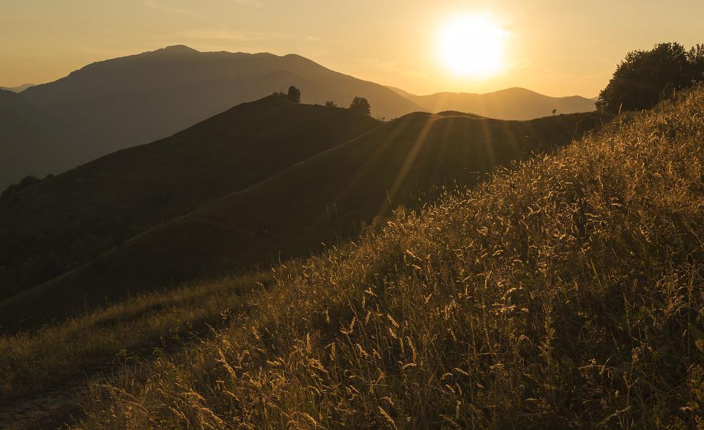 Photo in Landscape #sunset #contrjour #mountain #romania #nikon #2015