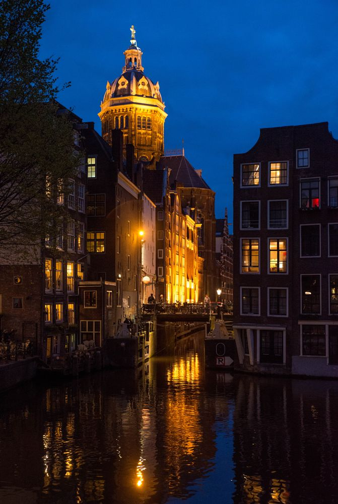 Photo in Cityscape #amsterdam #night #old town