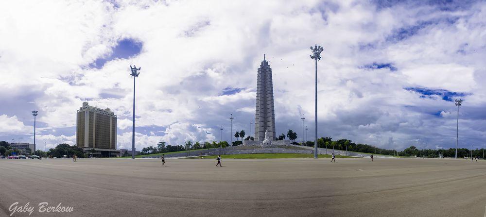 Panorama_Plaza d la revo 2 copia
