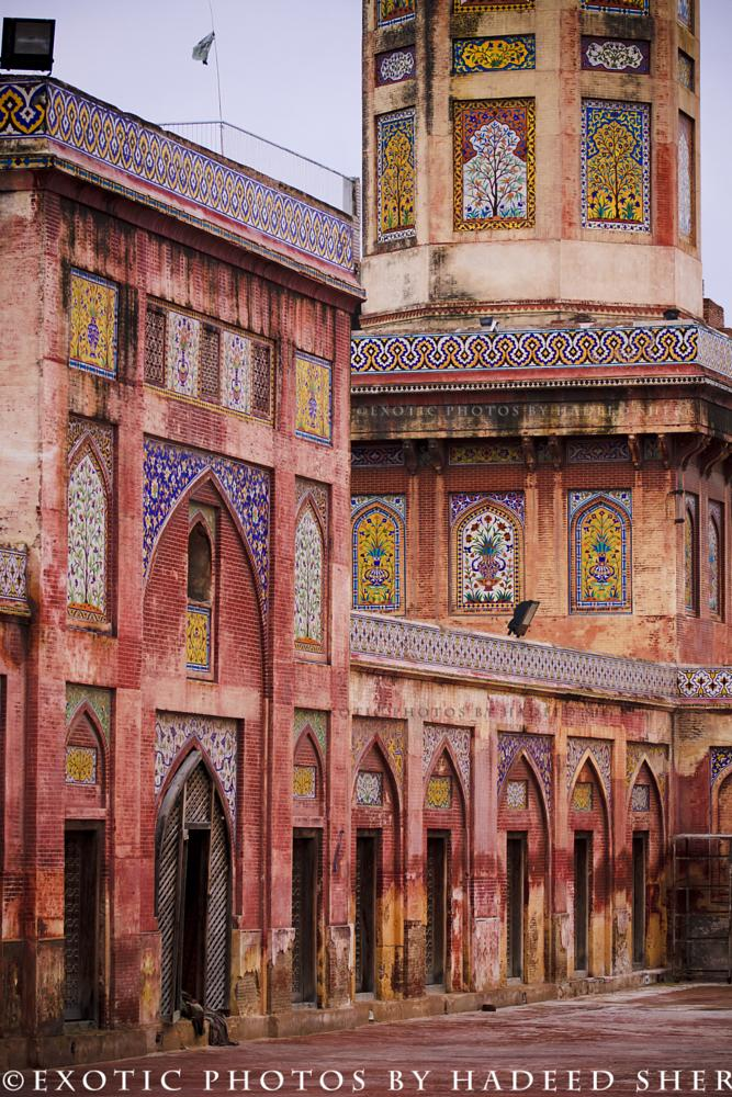 Photo in Architecture #mosque #lahore #mughal architecture #brick immitation #heritage and culture of pakist