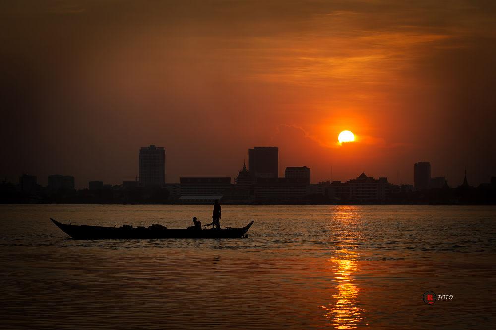 Photo in Landscape #landscape #sunsent #river #abstract #phnompenh #cambodia