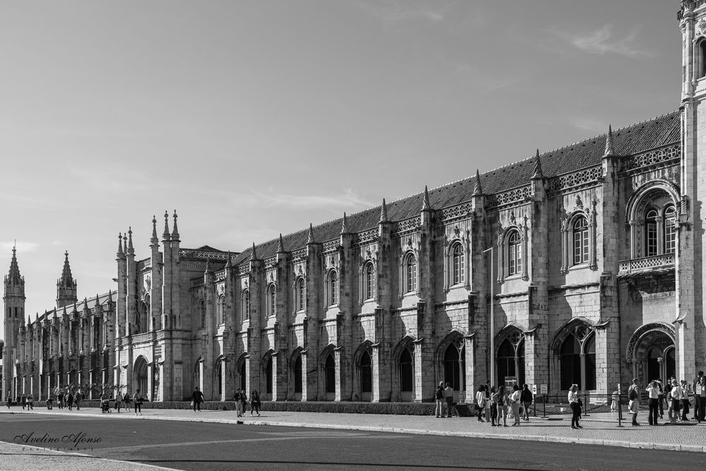 Photo in Black and White #jerónimos #mosteiro #arquitetura #lisboa #património