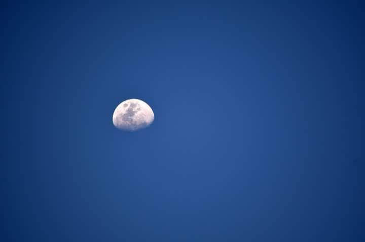 Photo in Nature #moonskywallpaperbeautiful #whiteakasamevening #scenerynature