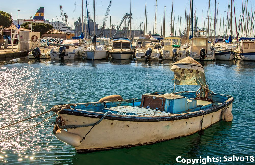 Photo in Cityscape #boat #ship #fishing boat #navigation #fishing #light fishing #old boat #toulon #rade de toulon #cityscape #seascape #mediterranee #tradition #traditional fishing #sea #water #harbour #port #sardines #fishing sardines #pilchards #fishing pilchards