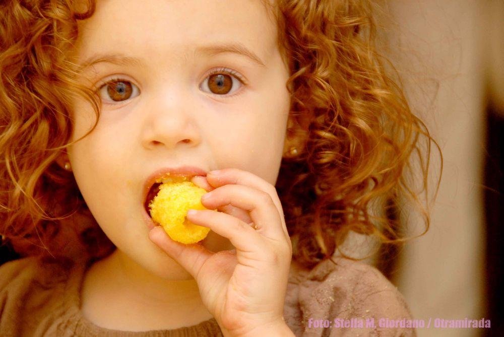 Photo in Random #niña #hambre #chizito #rulos