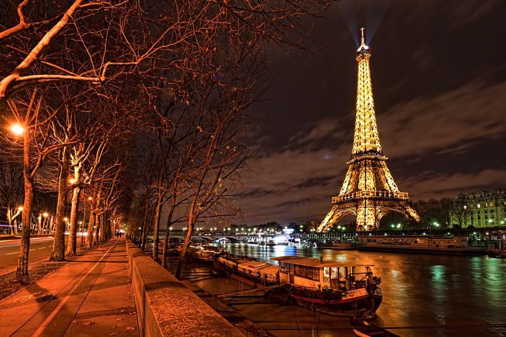 Photo in HDRI #paris #eiffel tower #france #winter #cityscape #nikon d3 #europe #travel photography