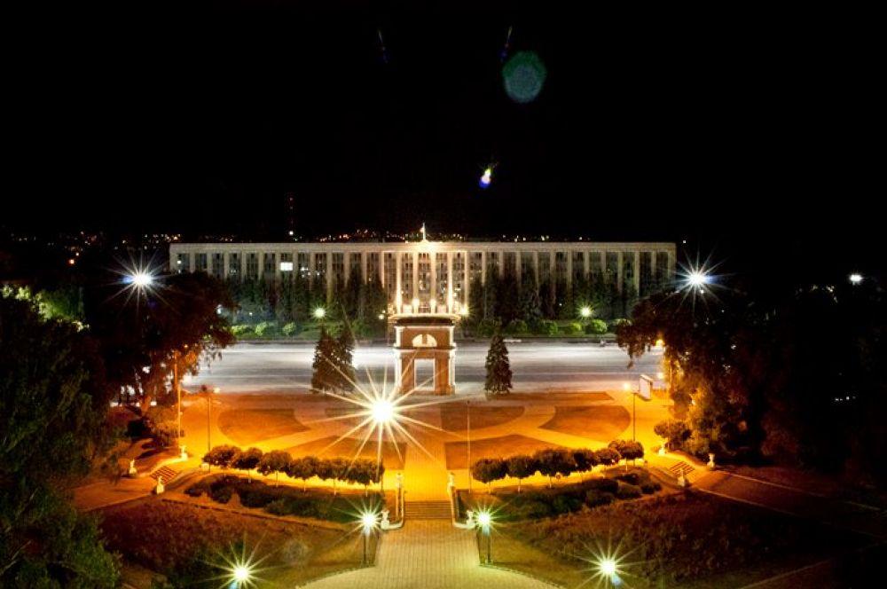 Photo in Architecture #chisinau #night #center #lights #summer #moldova #victordetto