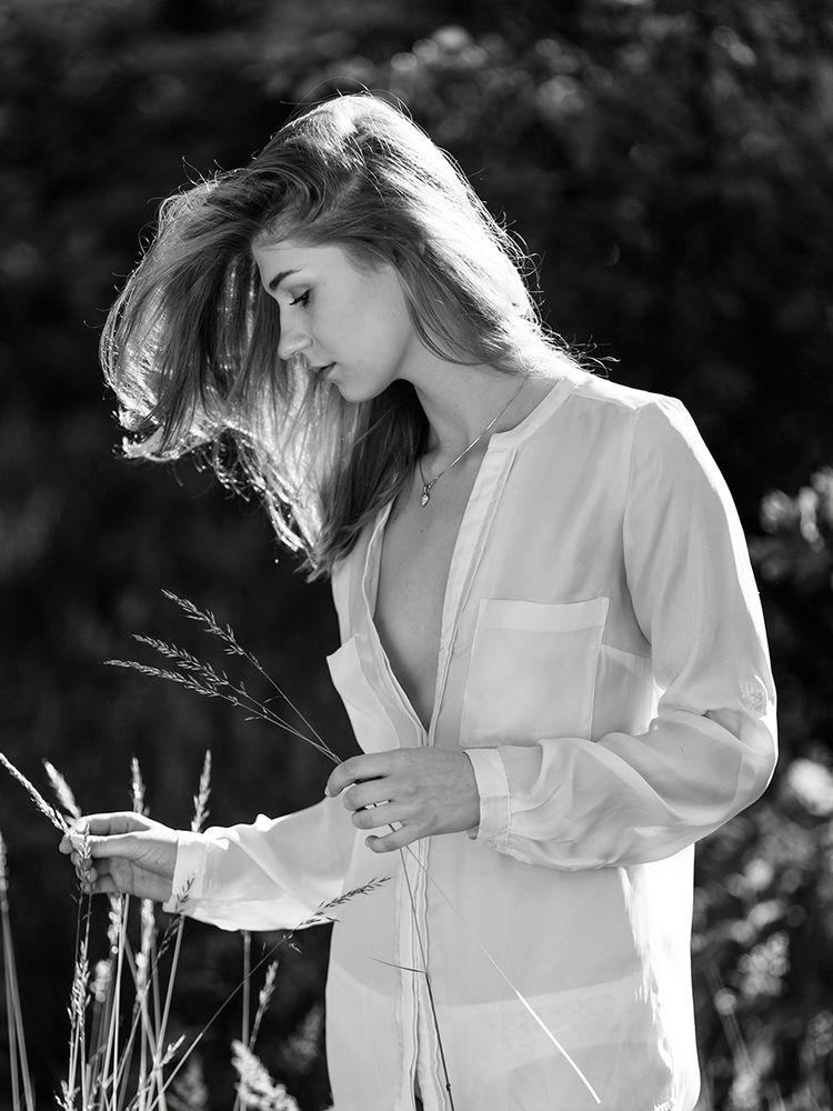 Photo in Portrait #model #session #poland #polska #best #like #portrait #black and white #bnw #monochrome #summer time #canon #ernol