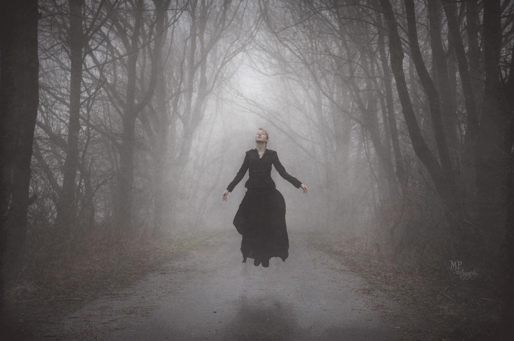 Photo in Portrait #selfportrait #victorian #ghost #past #black #dark #foggy #fog #autumn #fall #gothic