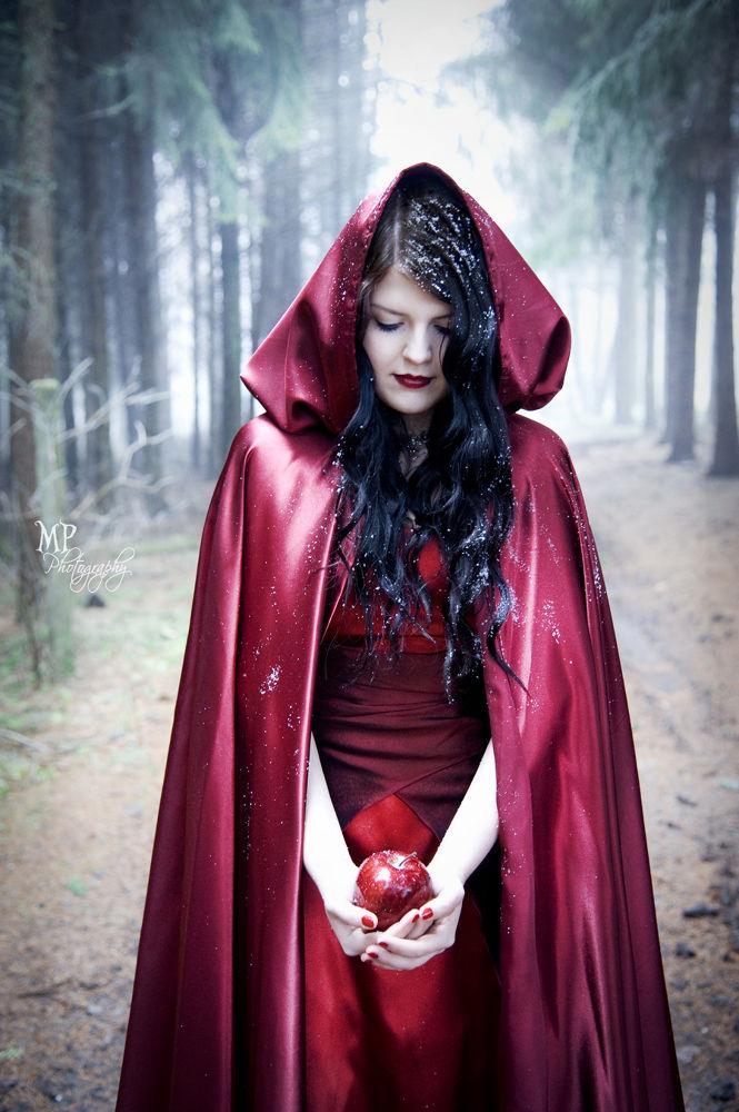 Photo in Portrait #fairytale #snow white #schneewittchen #märchen #red cape #forest #winter #bite #tale #ebony #enchanted #woods #apple #ivory