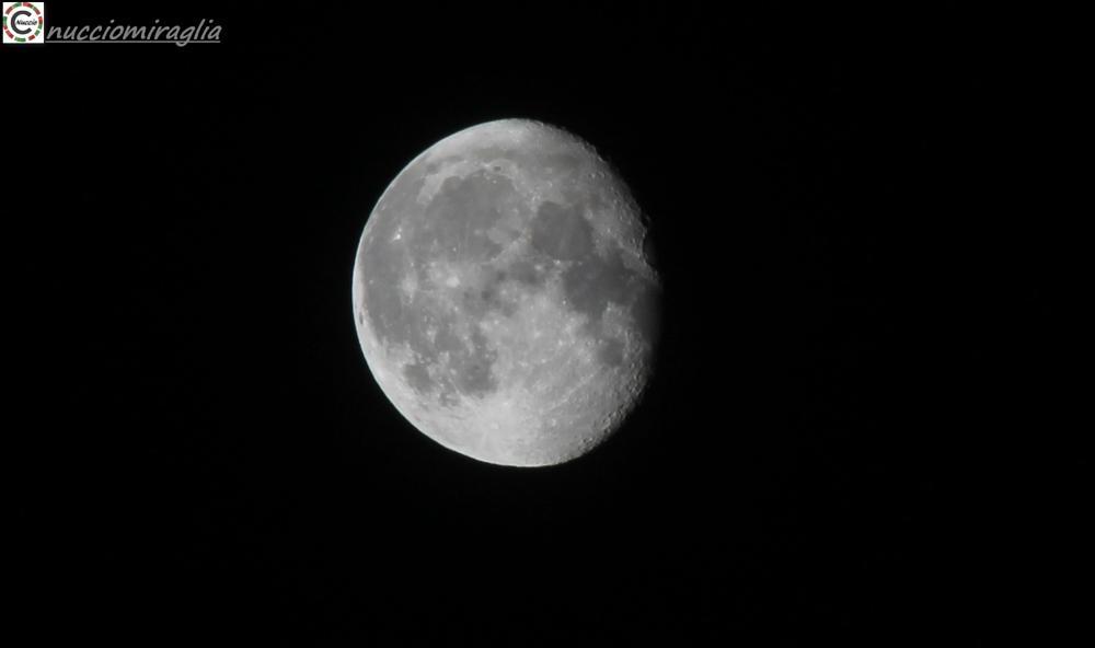 Photo in Astrophotography #luna #novembre #canon