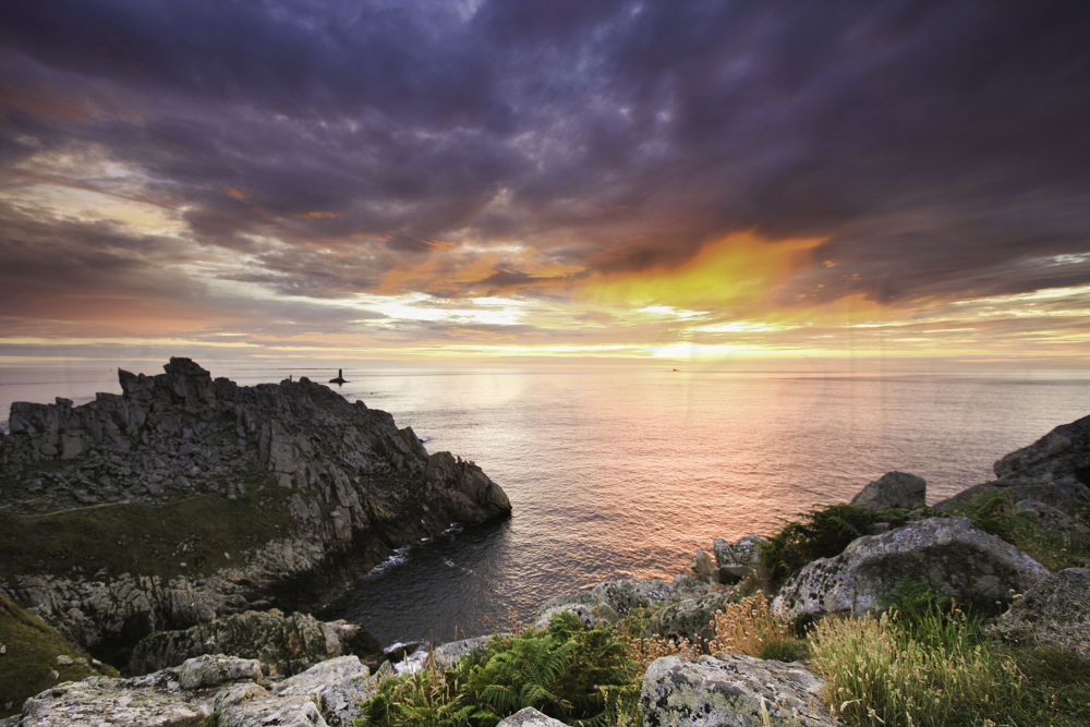 Photo in Landscape #france #bretagne #brittany #finistere #pointe du raz #landscape #seascape #mer #paysage #la vieille #phare #lighthouse #rochers #rock