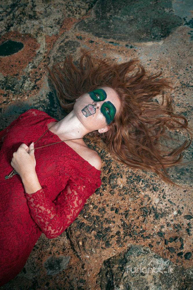 Photo in Portrait #e poi alla fine ma proprio al #red #girl #rock #makeup #artist #key #ypa2013