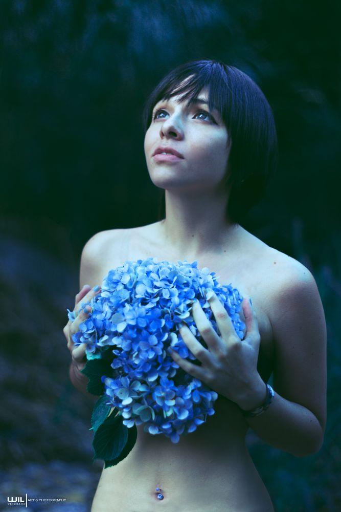 Photo in Portrait #beauty #body #nude #portrait #eyes #view #leaves