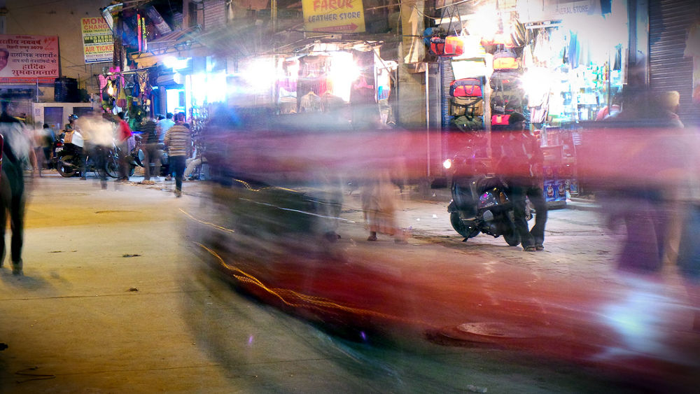 Photo in Urban #garth ensley #delhi #pharaganj #street at night